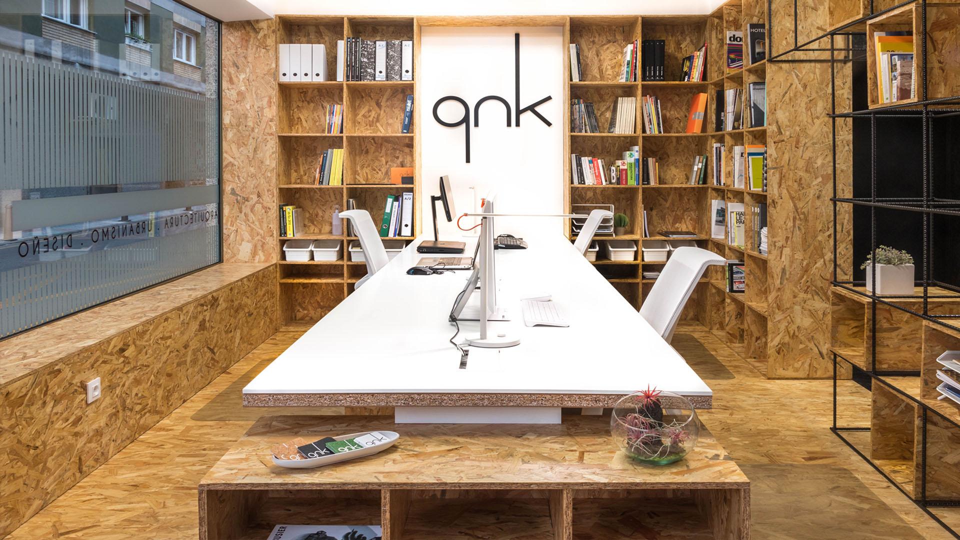 Slider estudio qnk Zona de trabajo