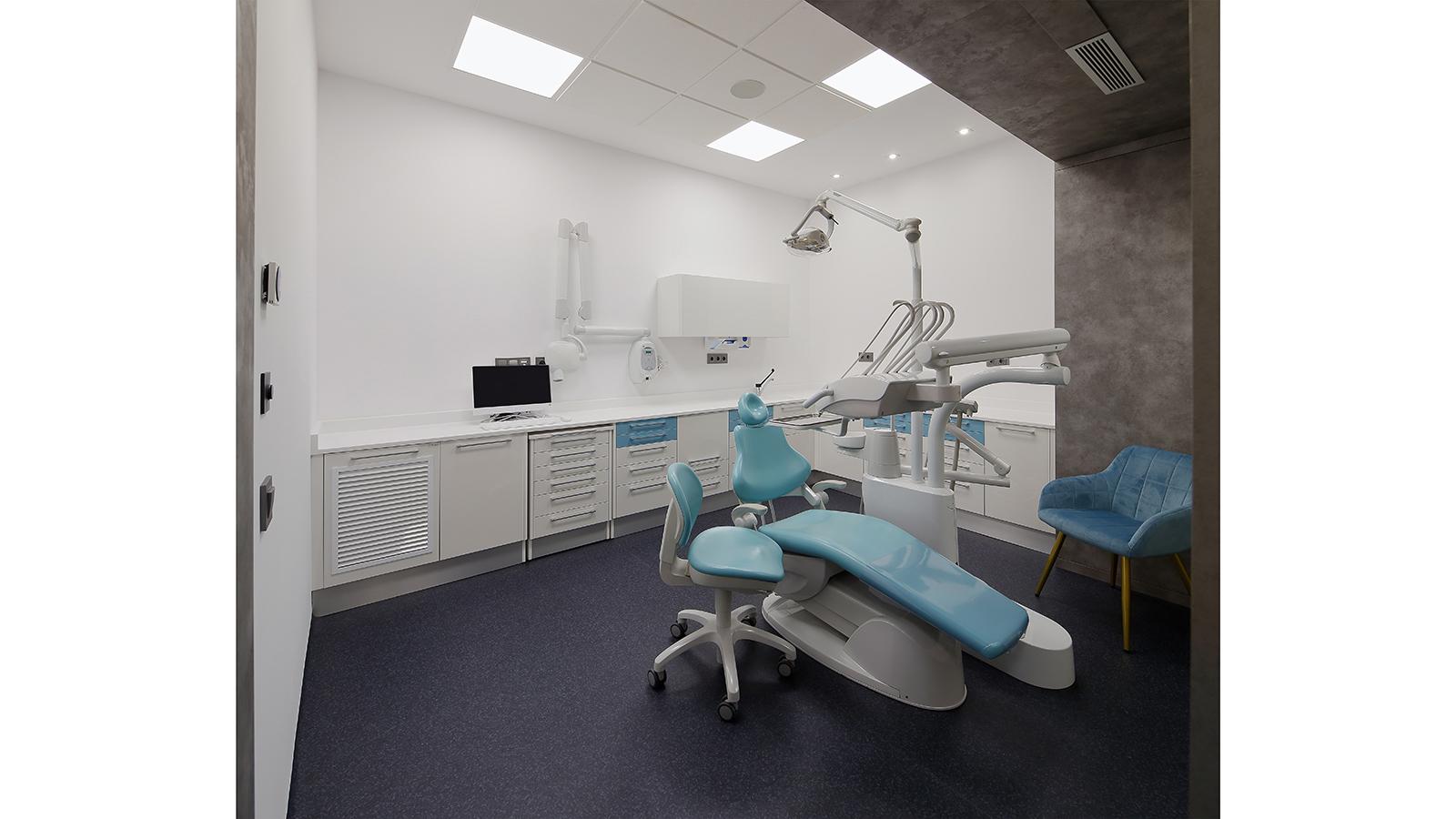 Clínica dental B. Fotografía 04